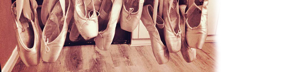 Pointe shoe tips and tricks (handy for newcommers to pointe work)
