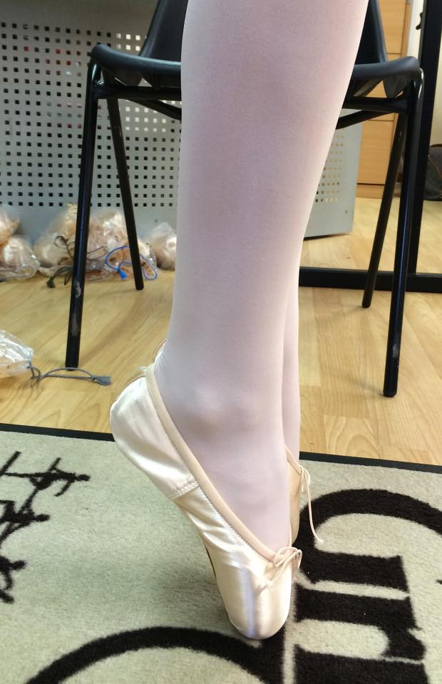 pointe shoe fitting first pointe shoes grishko